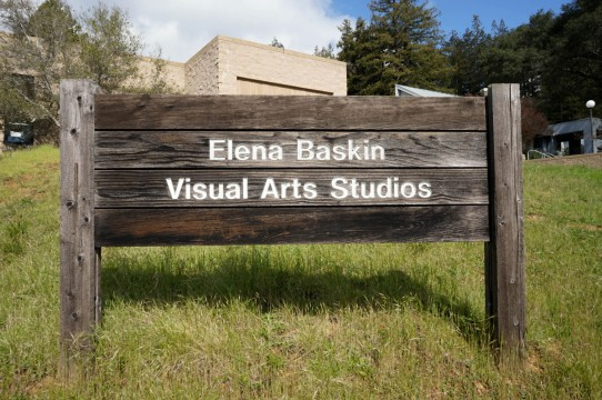 Image of sign for Art Department